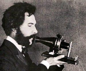 Investion du téléphone en 1876 par Bell
